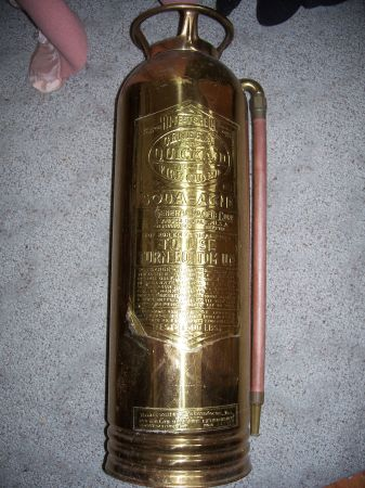 gtgtVintage Brass Fire Extinguisher - $50 (Costa Mesa)