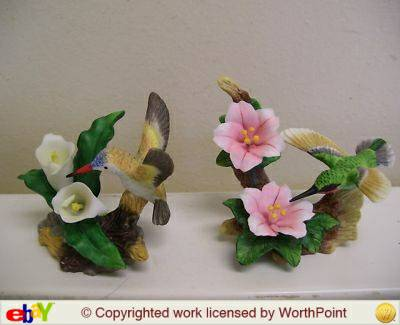NEW in BoxAVON Porcelain Hummingbird wFlowers - $15 (Westminster-Fountain Valley)