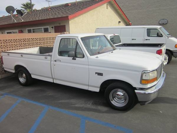 1992 Ford F150 6 cylinder (GAS SAVER)(Supper Clean) - $2900 (Buena Park)