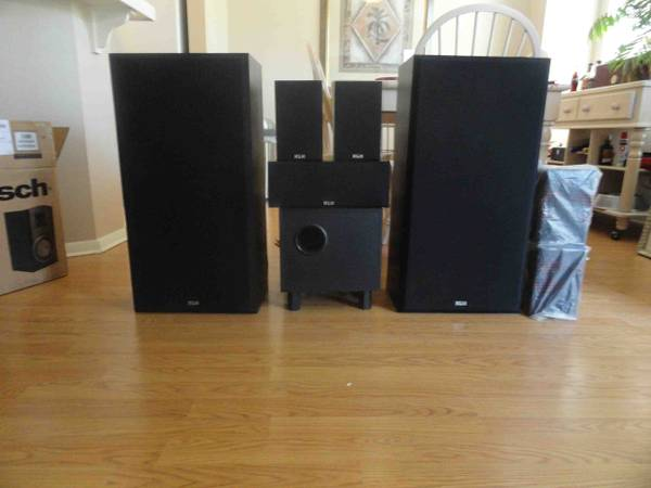 KLH home theatre speaker system - $85 (Aliso Viejo)