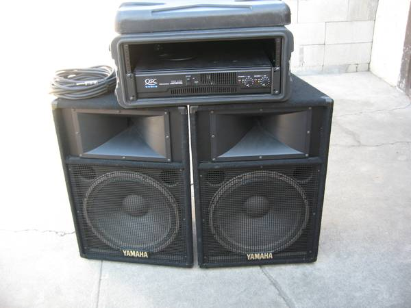 Qsc RMX 2450 lifiers and 2 Yamaha speakers - $650 (Santa Ana)
