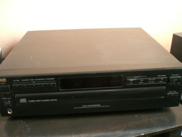 JVC 5 Disc CD Player - $25 (Huntington Beach)