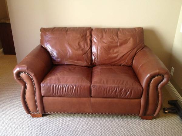 Moving Sale Fine Leather Loveseat, Waiting Room Office Chair - $35 (Coto de Caza - MAY10)