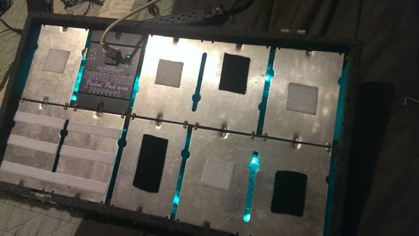 MKS Pedal Pad POWERED Pedal Board - $225 (Downey)