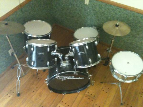 5 Pc Drum set Groove Percussion - $300 (Fountain Valley)