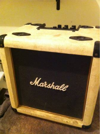 Marshall extension cabinet with Roland cube lifier - 10 celestion - $60 (22605405 fwy)