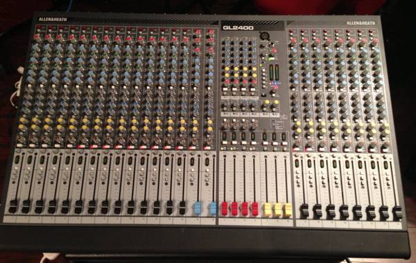 NEW Allen Heath GL2400 24 channel mixer w Jan Al Road Case - $2000 (huntington beach, orange county)