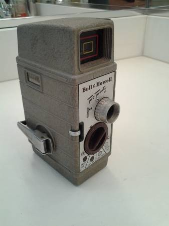 Vintage Bell Howell Two Twenty 220 8mm Movie Camera Working Conditio - $20 (South County Ladera Ranch)