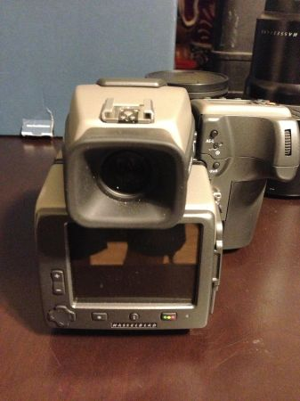 hasselblad h3dii-31 mint with low shutter count - $5000