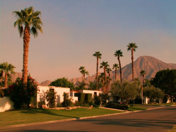 $1200 3br - 2150ftsup2 - Indian Wells - Pool, Spa, Spacious - New Chefs Kitchen (Indian Wells, CA)
