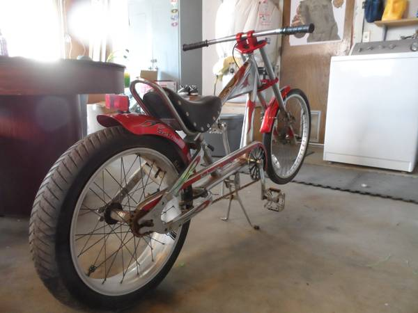 OCC1st Edition Muscle Bike Schwinn STINGRAY Lowrider cycle - $150 (YUCCA VALLEY)