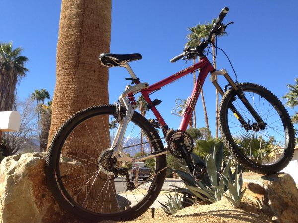 GT LTS-2 Custom, Full Suspension, Aluminum Mountain Bike - $500 (Cat City Cove)