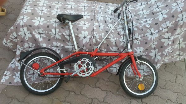 DAHON California---FOLDING---BICYCLE vintage model - $225 (palm springs)