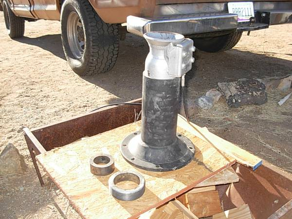 Fifth Wheel To Gooseneck Hitch Conversion Hitch - $200 (Yucca Valley)