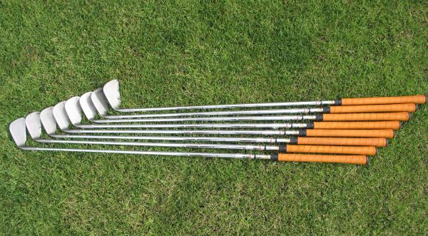 Pinseeker Womens Golf Clubs TPW Silver Lite 3-PW Iron SET (8 CLUBS) N - $36 (Rancho Mirage)