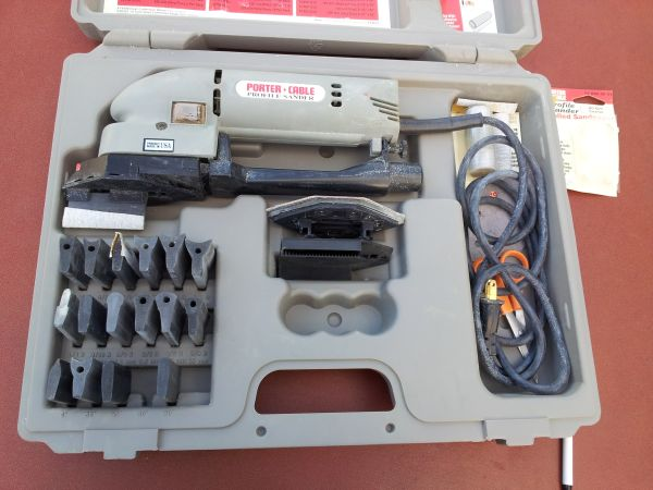 Porter Cable Profile Sander 444 with extras and case - $70 (Cathedral city)
