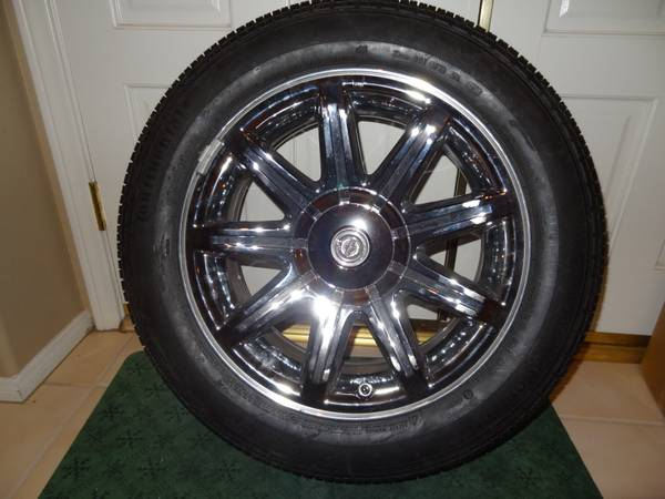 NEW OEM 4 Take-off Chrysler 300 Rims and Continental Tires 2256018 - $600 (Palm Desert)