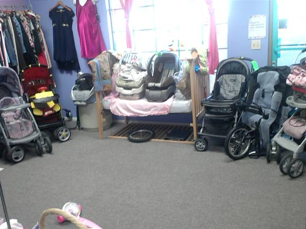 Strollers on SALE D Starting at $5 - $1 (Palm Desert)