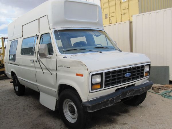 1989 ford E350 RAISE ROOF VAN - $3550 (JOSHUA TREE)