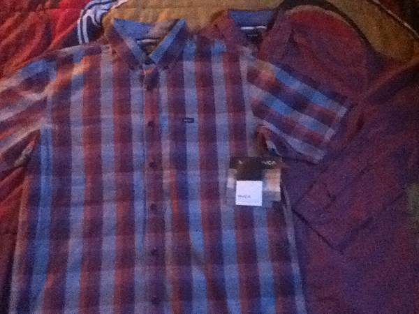 RVCA Button UpsNEW - $15 (Indio, CA)