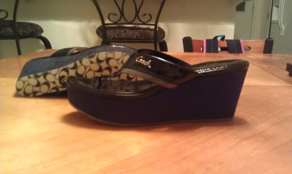 Coach Wedge Sandals Black Womens size 9.5 M New - $75 (Indio)