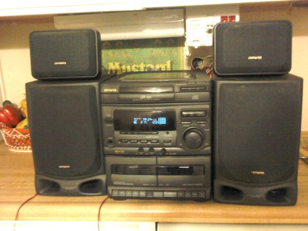 Vintage CD3 Aiwa NSX-V21 Shelf Stereo 4 speakers Remote Karaoke - $85 (DHS Sky Valley Border)