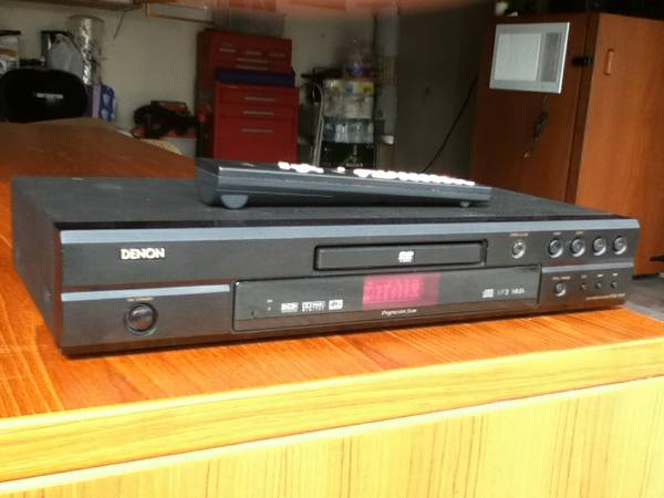 DENON DVD MODEL 1910 WITH REMOTE - $20 (PALM DESERT)