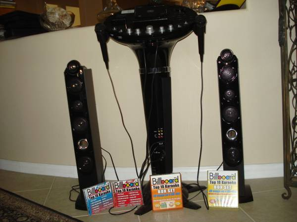 Karaoke Machine - $45 (Indio)
