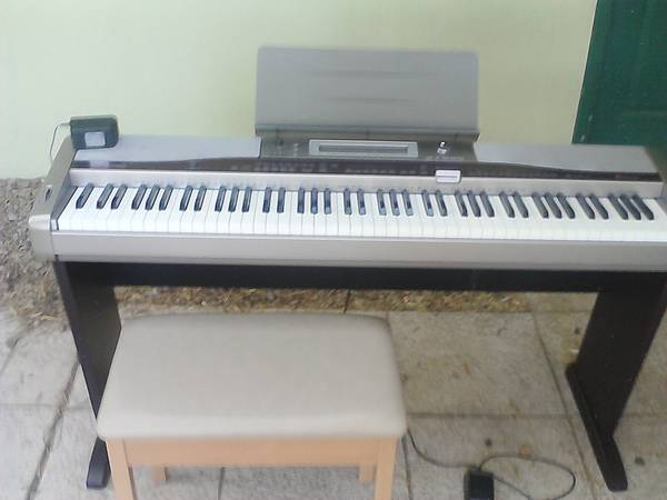 Casio Privia PX-400R Digital Piano - $250 (535 South Mountain View Dr, Palm Springs)