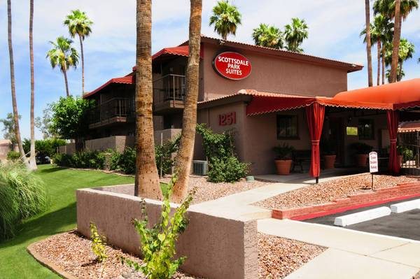 - $1099 1br - Furnished Apts Free Upgrades No App Fee Great Rates (Scottsdale )