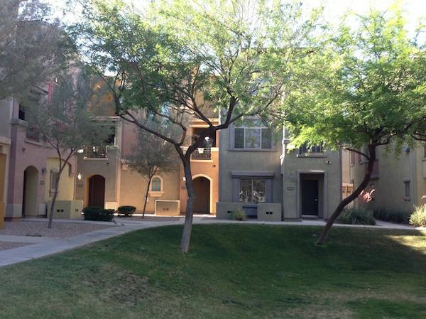 - $1195 2br - 1100ftsup2 - Come See this Villagio 2bed3bath CLOSE TO ASU (Tempe)