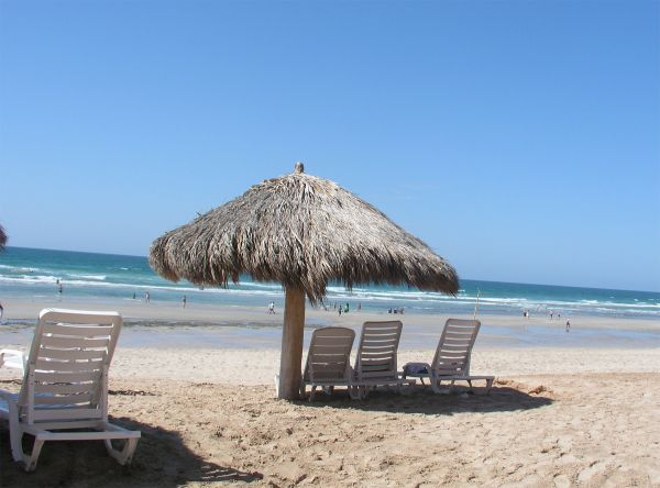 $110 1br - Ground Floor Condo at Las PaloamsPrivate Grill, Steps to Pools (Rocky Point, Puerto Penasco, Mexico)