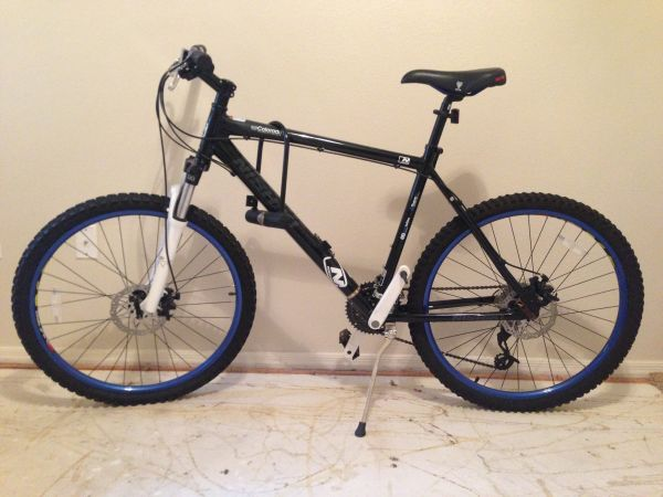 2011 Nishiki Colorado mountain bike - $150 (Scottsdale )