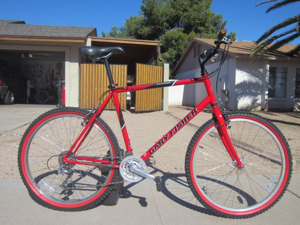 Awesome Bright Red Gary Fisher Mountain Bike SEE PICS - $275 (Scottsdale)