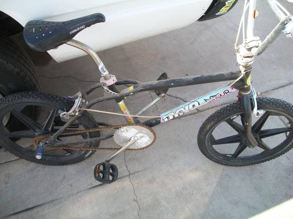 Old school BMX GTDyno Detour GT mags - $2 (75 ave indianschool)