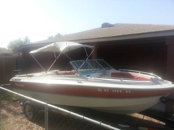 Larson 1989 17.5 feet bass and ski boat Lake ready - $3500