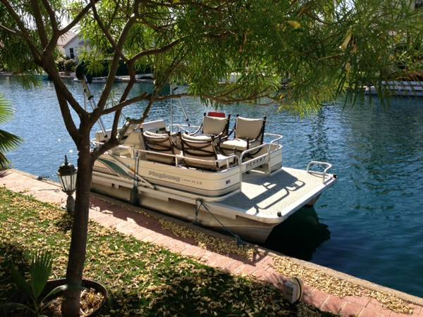 Playbuoy Pontoon Boat - $3200 (Harbor Desert, Peoria)