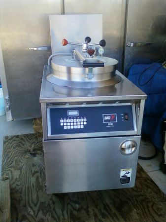 BKI FKM Chicken Broaster, Pressure Fryer (Apache Junction)