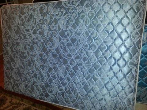 Full size combo mattress box spring - $60 (NW Valley)