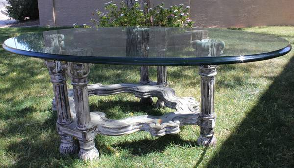 1 Thick Glass Coffee Table - $95 (Mesa)