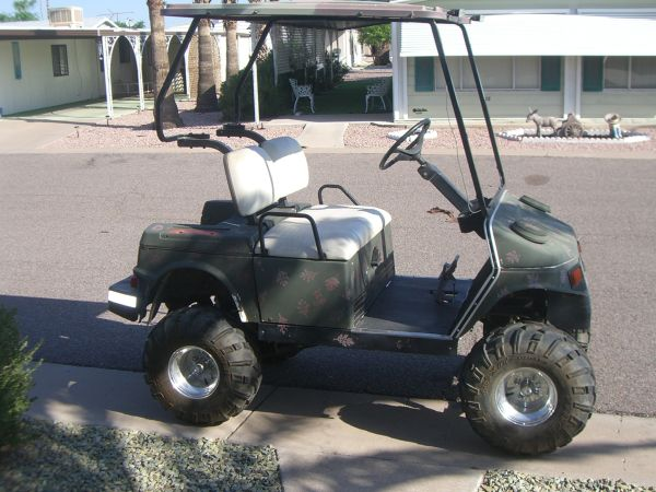 91 Hyundai golf cart - $1 (Mesa)