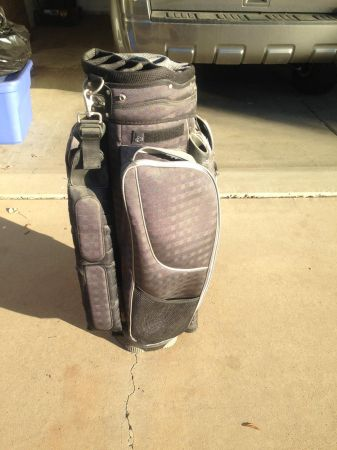 Calina Golf Bag - $40 (Scottsdale)
