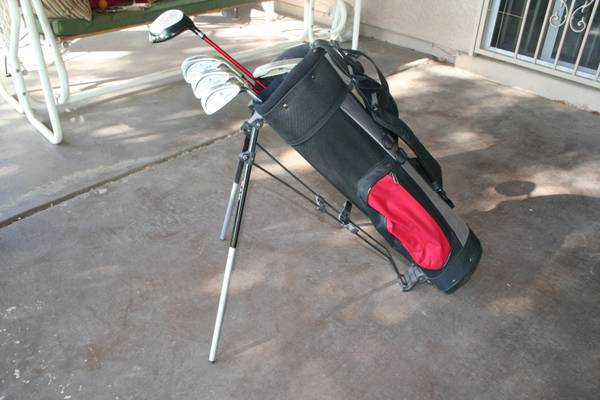 Youth RAM Laser 5-Piece Golf Clubs and Bag Excellent Condition - $65 (Chandler)