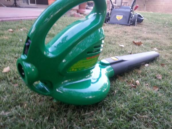 Electric Leaf Blower - $35 (67th Ave 101 (Beardsley))