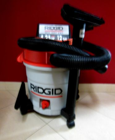 Shop Vac, WetDry Ridgid 12 gallon 4.2 HP, Mint Condition - $55 (66th STREET Thunderbird)