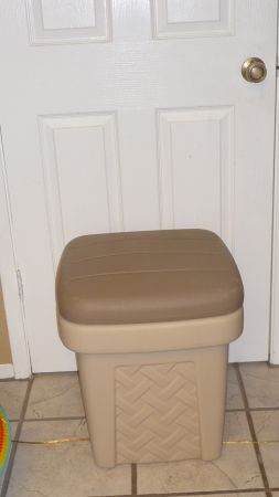Nice Step 2 Storage Bin-Good for Toys, Kids Laundry-Great ShapePrice (Bell R)