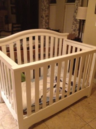 Baby crib - $180 (North phoenix)