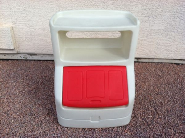 Step 2 Rugged Heavy Duty Toybox w Shelves Lid - $35 (6028267472)