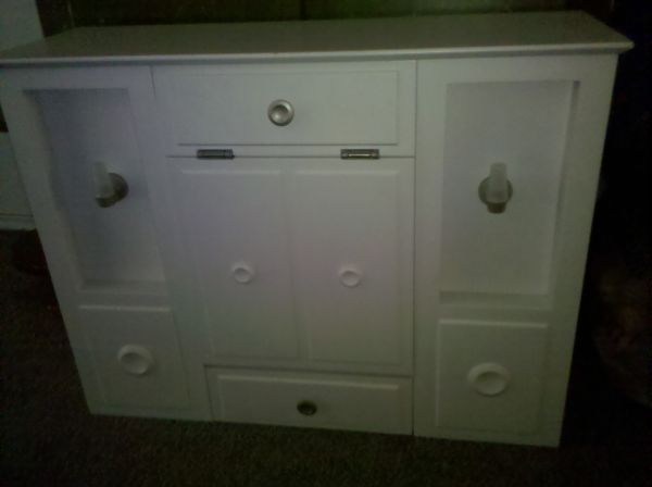 American Girl doll Murphy Bed - $190 (Northern I-17)