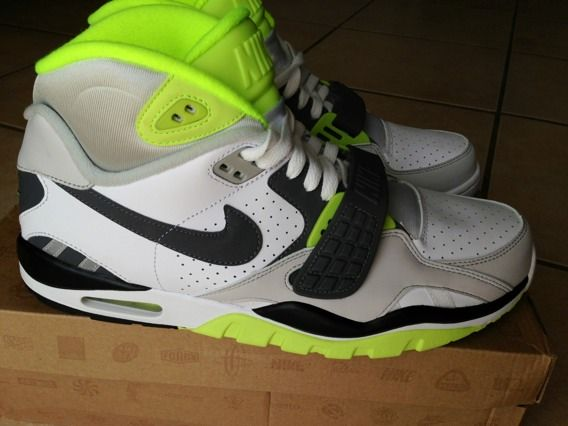 Brand New Nike Air Trainers - Crosstrainers Retail $110. Only - $75 (Phoenix)